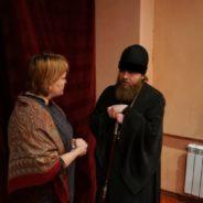 Епископ Спиридон посетил спектакль театра-студии «Дефицит» города Белорецка